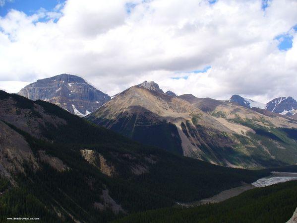 Encore et encore des montagnes dans le Parc National de Jasper